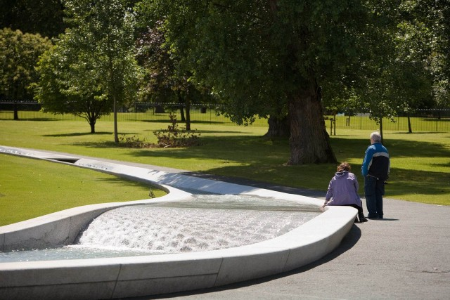 Diana, Princess of Wales memorial fountain