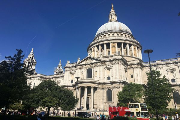 St Paul's Cathedral during rush hour.
